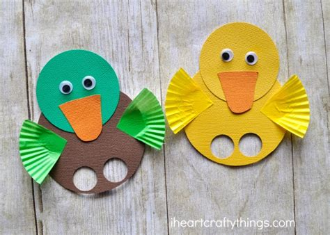How To Make A Duck Out Of Paper - adorable duck finger puppets i crafty things