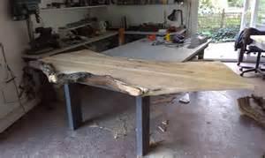 boomwortel tafel houtkunst voor interieur horeca restaurant bistro