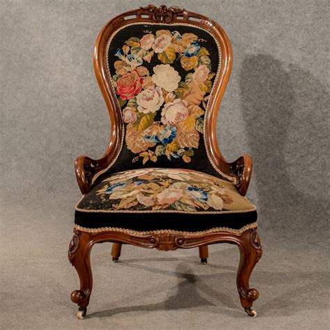 antique walnut spoon  armchair chair antiques atlas
