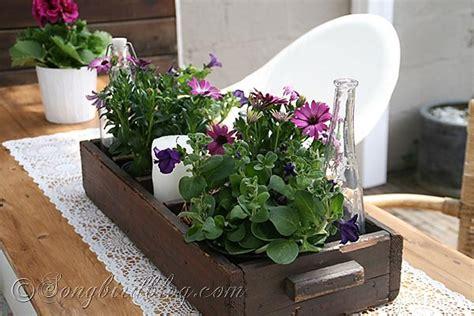 Garden Table Decor Garden Table Decorating For