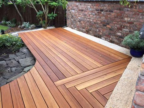 Garden Decking Ideas Uk 17 Best Ideas About Balau Decking On Pinterest Hardwood Decking Outdoor Decking And Patio Bed