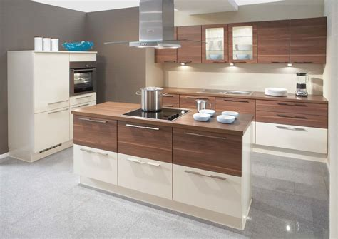 Walnut Kitchen Designs Interior Exterior Plan Primo High Gloss Walnut Kitchen Design