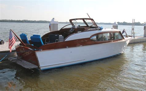 chris craft boats old the adventurers of chris craft ii acbs antique boats