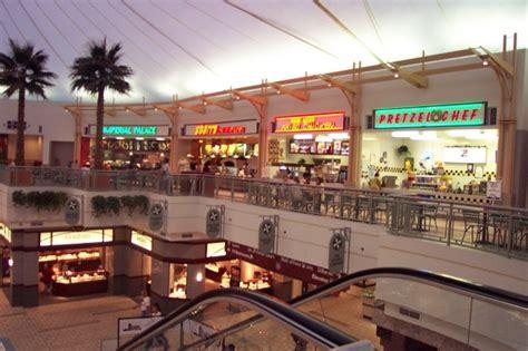 outlet mall lincoln ne crossroads mall omaha nebraska labelscar