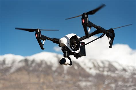 Drone Vidio the benefits of using drones for your next