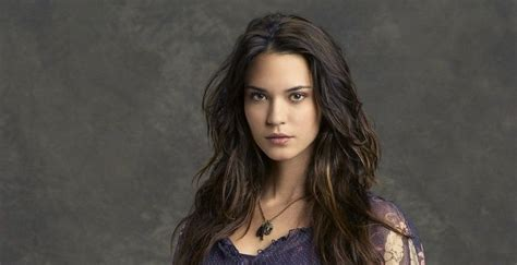 odette annable bio facts family life  actress
