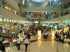 fashion news inside dubai shopping malls