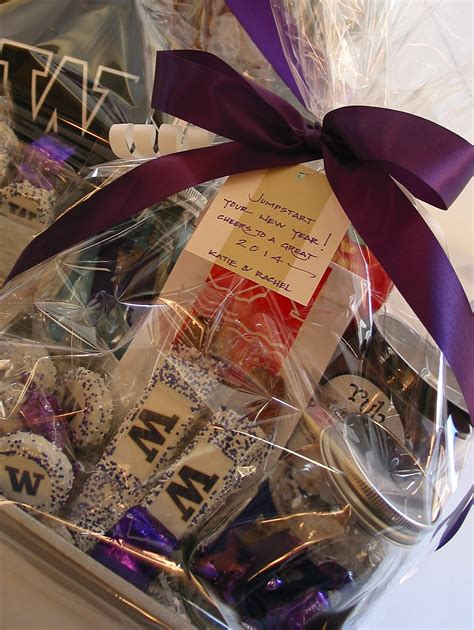new year gift ideas singapore new year s gift basket ideas gift ftempo