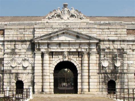 verona porta nuova monumenti di verona porta nuova