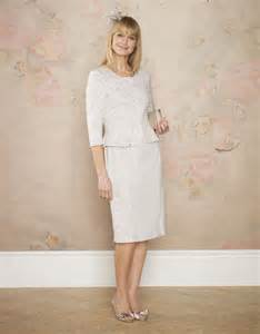 fashion style for older women what to wear post