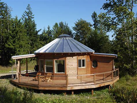 Homes Interior Designs exteriors smiling woods yurts