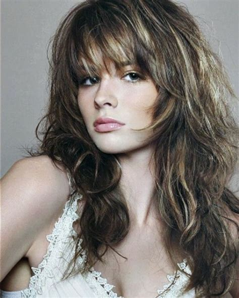 easy shag long hair 25 best ideas about long shaggy hairstyles on pinterest