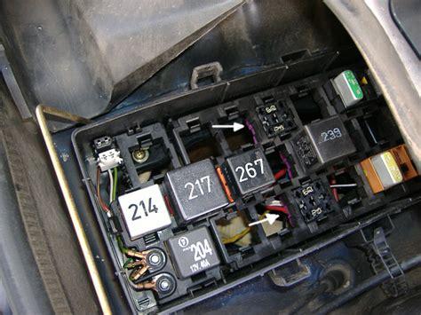Motorrad Verkleidung Wackelt by Zusatzrelaistraeger Audi 100 C4 2 8 Quattro Motor