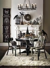 Diy Halloween Window Decorations Best 25 Halloween Skeleton Decorations Ideas On Pinterest