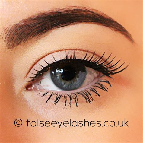 Lash Out V It Up With Flirty Lashes In An Instant Rocking Eyelash Extensions From Nycs Skintology Spa Fashiontribes by Ardell Runway Lashes Flirty False Eyelashes