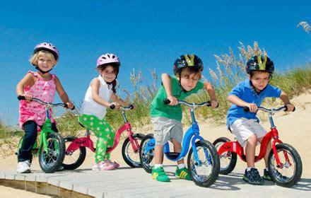 imagenes de niños jugando en bicicleta las mejores bicicletas para ni 241 os 191 bicis con ruedines o