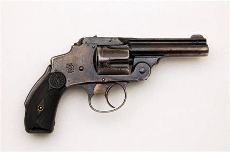 best 38 caliber revolvers smith wesson hammerless 4th model caliber 38 s w