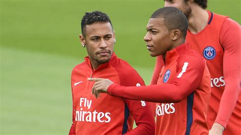 kylian mbappe and neymar kylian mbappe named in psg squad to face metz as debut