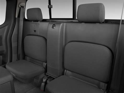 image  nissan frontier wd king cab  man se rear seats size    type gif