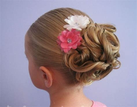 cute girls hairstyles for your crush a collection of 25 adorable hairstyles for little girls