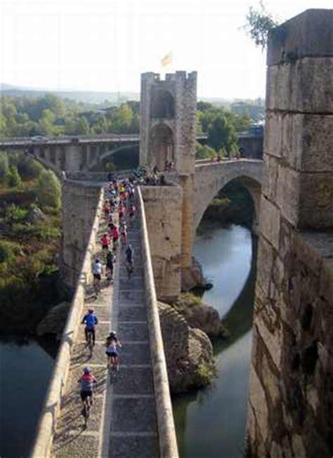 salidas fin de semana catalu a excursi 243 n en grupo a besal 250 excursiones en grupo