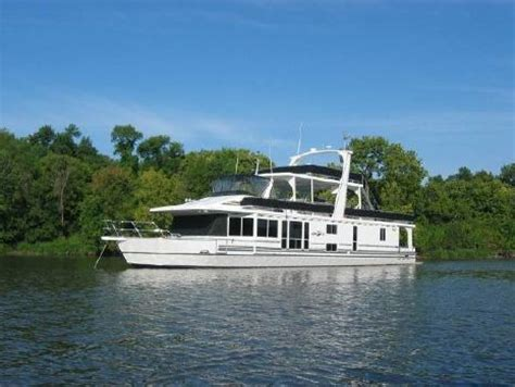 boattrader chicago page 1 of 142 page 1 of 142 boats for sale near
