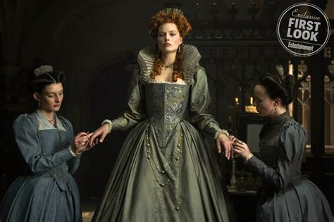 film mary queen of scots margot robbie gets regal in new mary queen of scots image