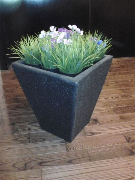 How To Make Fiberglass Planters by Make An Outdoor Fiberglass Flower Pot 4 Steps With Pictures
