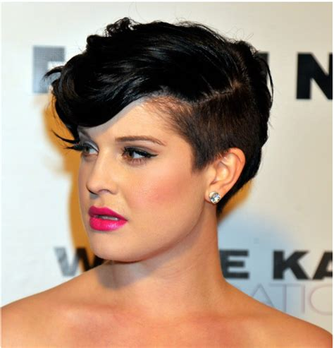 black hair with shafed sides trendy girl nyc hair trend shaved side