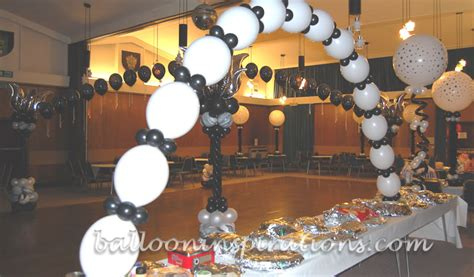 30th birthday table centerpieces 30th birthday ballooninspirations