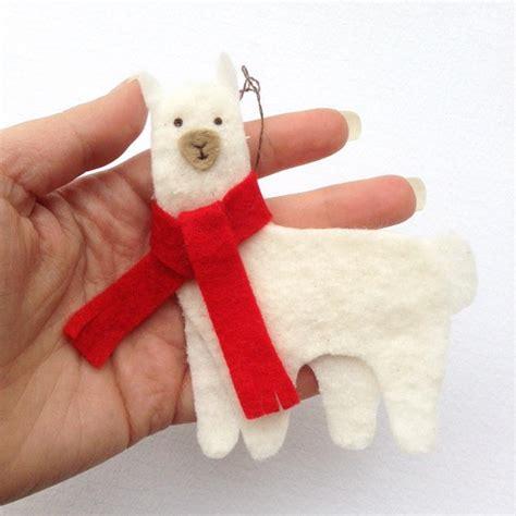 christmas llama diy felt ornament allfreechristmascrafts com
