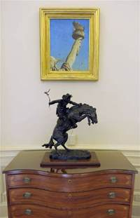 Statues And Sculptures Home Decorating by The New Obama Oval Office Makeover And D 233 Cor In The White