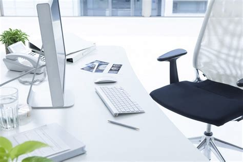 best cleaner for office desk why your office cleaners shouldn t be the only ones