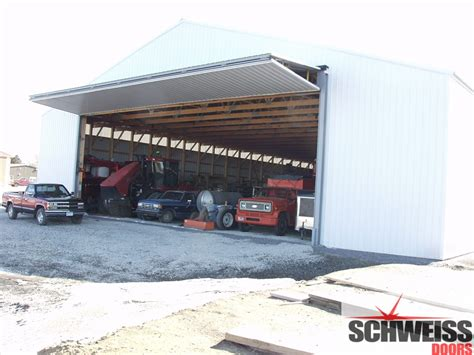 Machine Shed Doors by Schweiss Hydraulic Doors And Liftstrap Bifold Doors Give