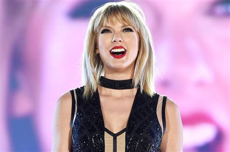 biography taylor swift family taylor swift height weight age bio body stats net