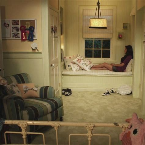 Aria Montgomery Bedroom the lovely side emily s room pretty little liars decor