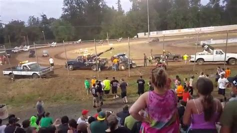 cottage grove raceway cottage grove raceway 4th of july 2015 wreck
