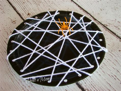 Spider Paper Plate Craft - along came a spider eekologist about a