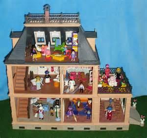 playmobil nostalgie haus playmobil 5300 gro 223 es nostalgisches puppenhaus mit vielen