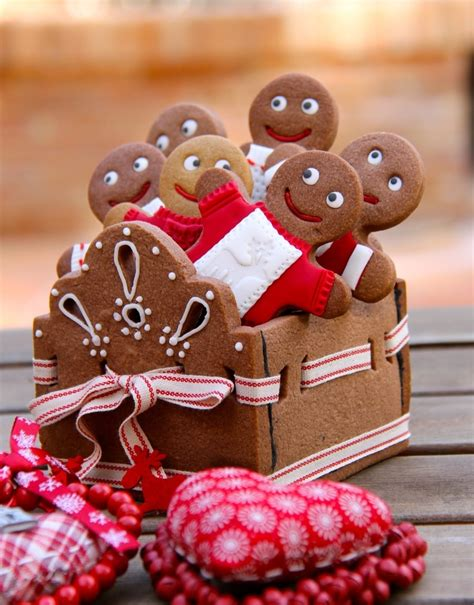 Gingerbread Decorations by 32 Delicious Gingerbread Home Decorations Digsdigs