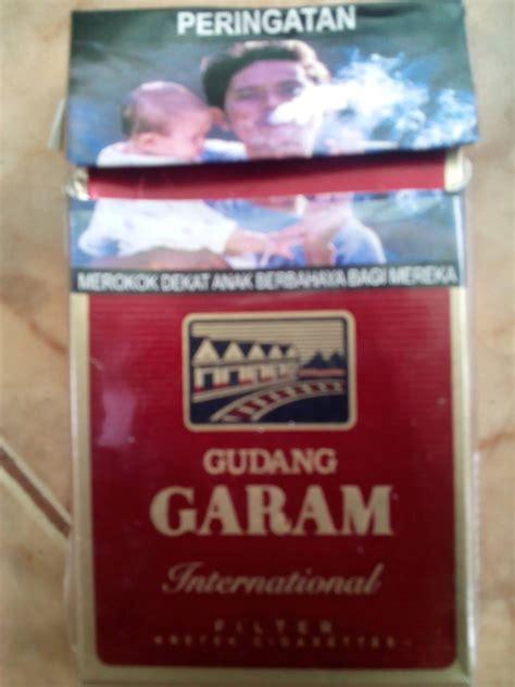 film jomblo gudang kosong jual rokok gudang garam international filter 12 donald