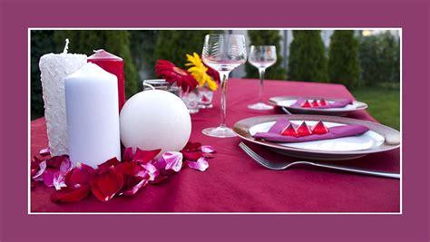 Kerzen Dekorieren Hochzeit by Lila Tischdeko Tips