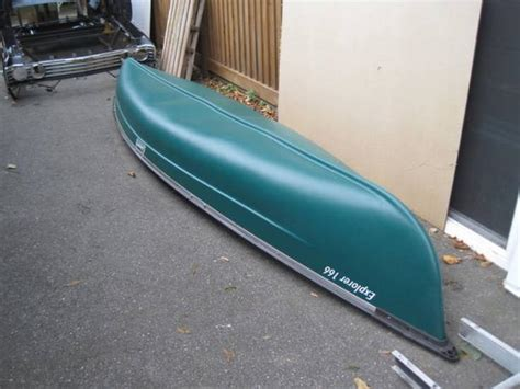 coleman 3 seat canoe like new coleman canoe w paddles and cooler saanich
