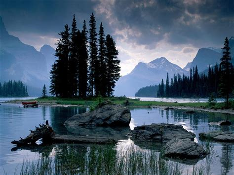 Jasper Accommodations   Best Canadian Rockies Camping for