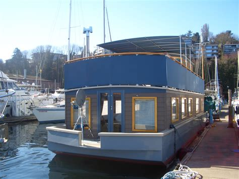 rent house boat bargain seattle houseboats affordable lake union living
