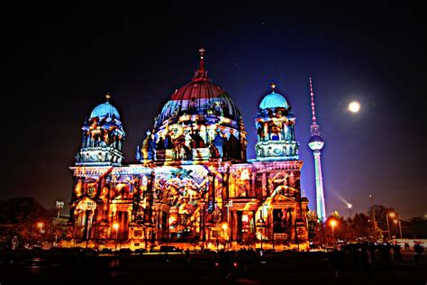 Not So Light Feast Of Lights by Berliner Dom Und Fernsehturm Ein Lichtblick