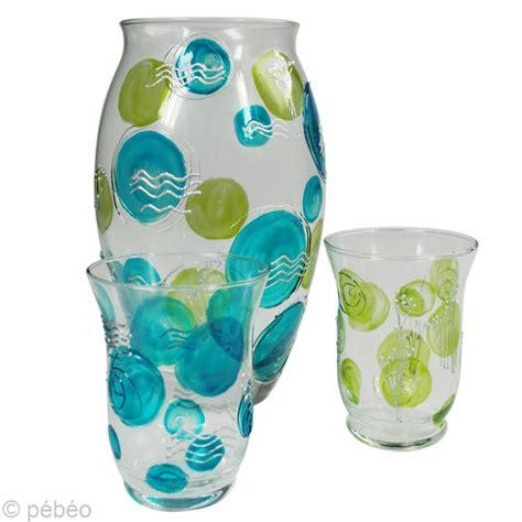 peindre un vase en verre et ses photophores assortis