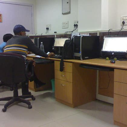 design engineer glassdoor center for advanced research in engineering design