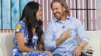 where do chip and joanna live chip gaines hammers home secret to his successful marriage