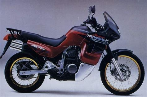 Motorrad Usa Alter by Honda Transalp 650 Szukaj W Google Honda Transalp